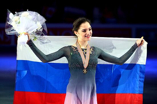 Фигуристка Евгения Медведева 2-ой год подряд становится Чемпионкой мира