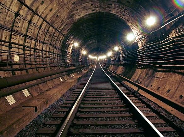 Департамент возведения хочет восстановить бесплатные экскурсии настроящиеся станции столичного метро