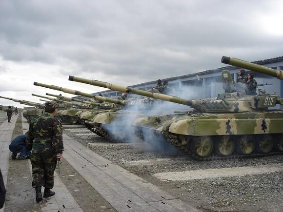 Азербайджан объявил онанесении 125 ударов попозициямВС Армении