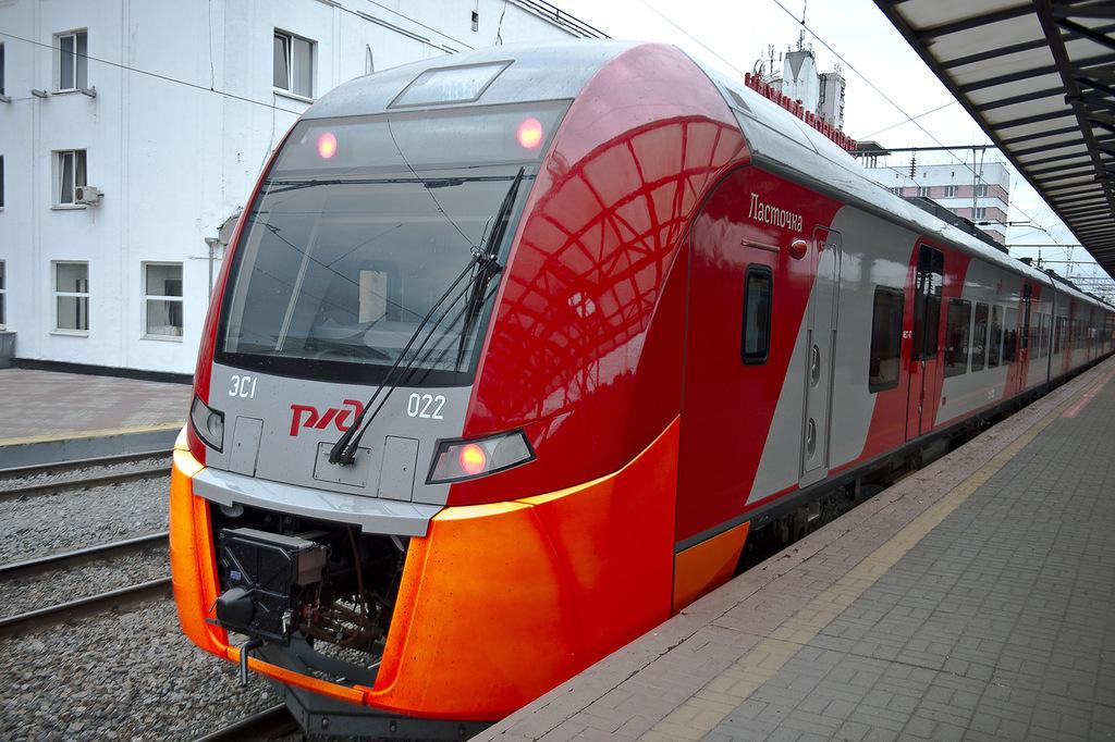 РЖД предупреждает озадержках поездов наМосковском направлении