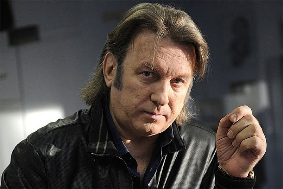Звезду 2000-х Митю Фомина словили зарулем всостоянии наркотического опьянения