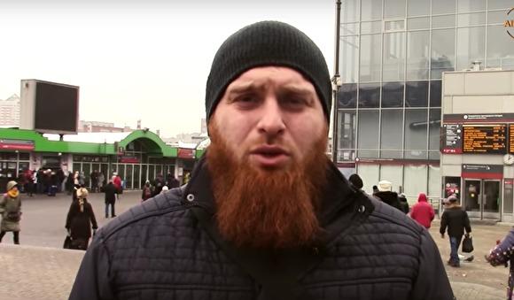 Все неуймутся: участник движения «Стопхам» организовал встолице «шариатский патруль»