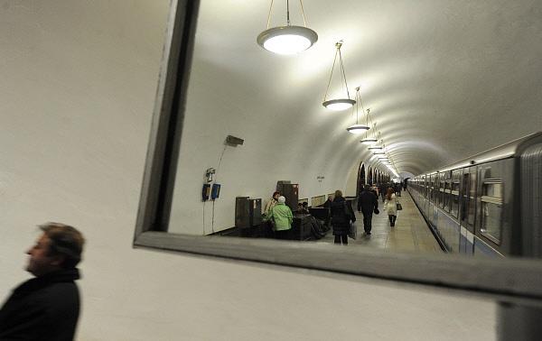 Пассажиры московского метро увидят себя взеркалах