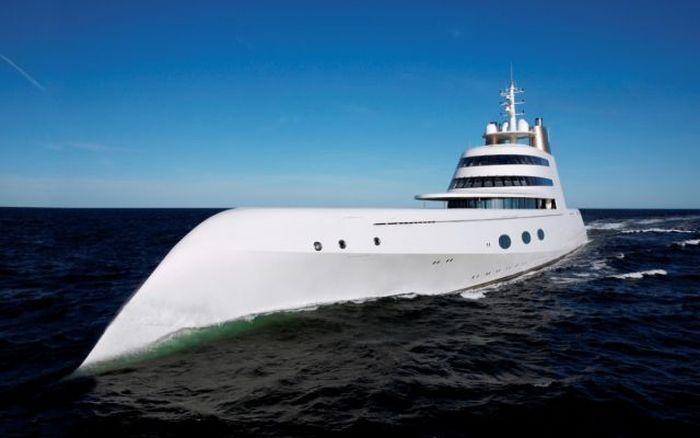 Уполномоченный Мельниченко подтвердил арест мегаяхты миллиардера вГибралтаре