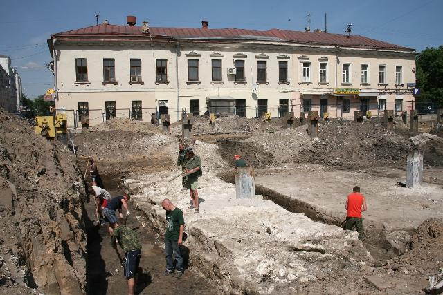 Новая достопримечательность центра столицы— Хохловская площадь