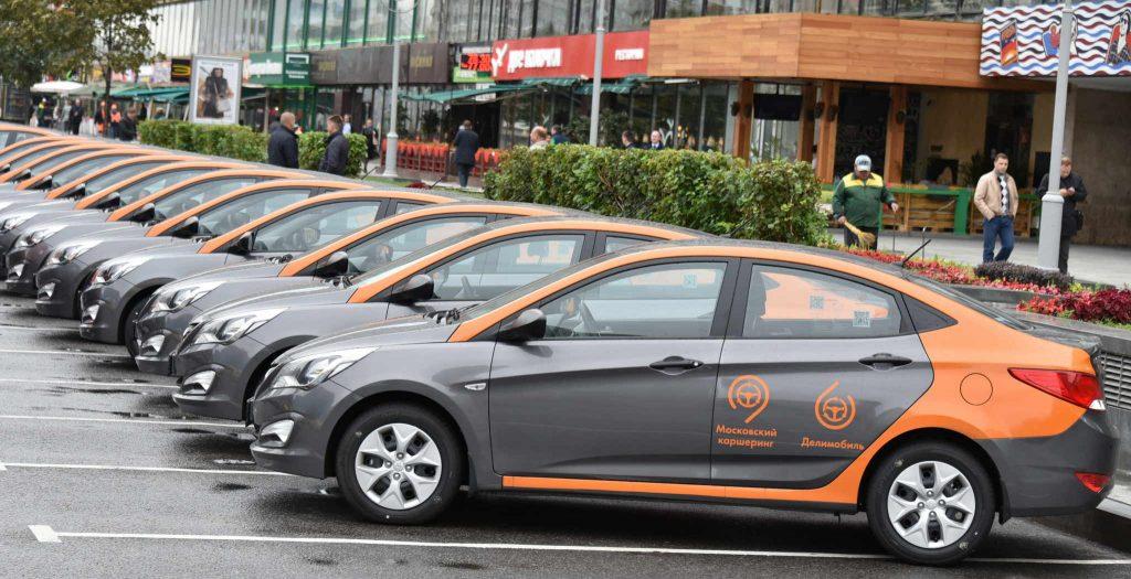 Московский оператор каршеринга оштрафовал 300 водителей закурение вмашине