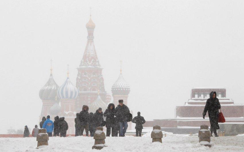 В Москве ожидается штормовой ветер и снег