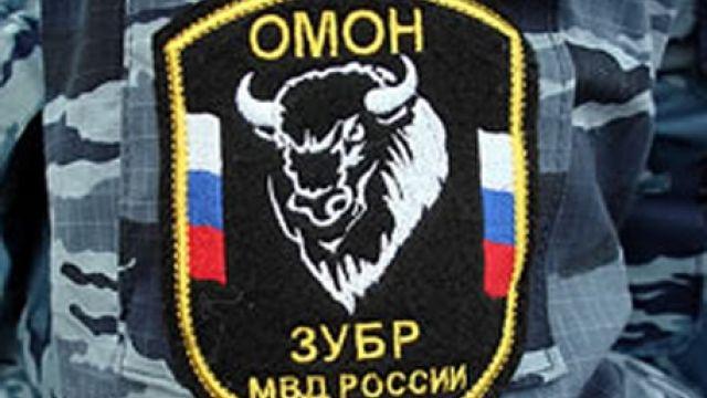 Двое полицейских в столице России ограбили курьера электронного магазина