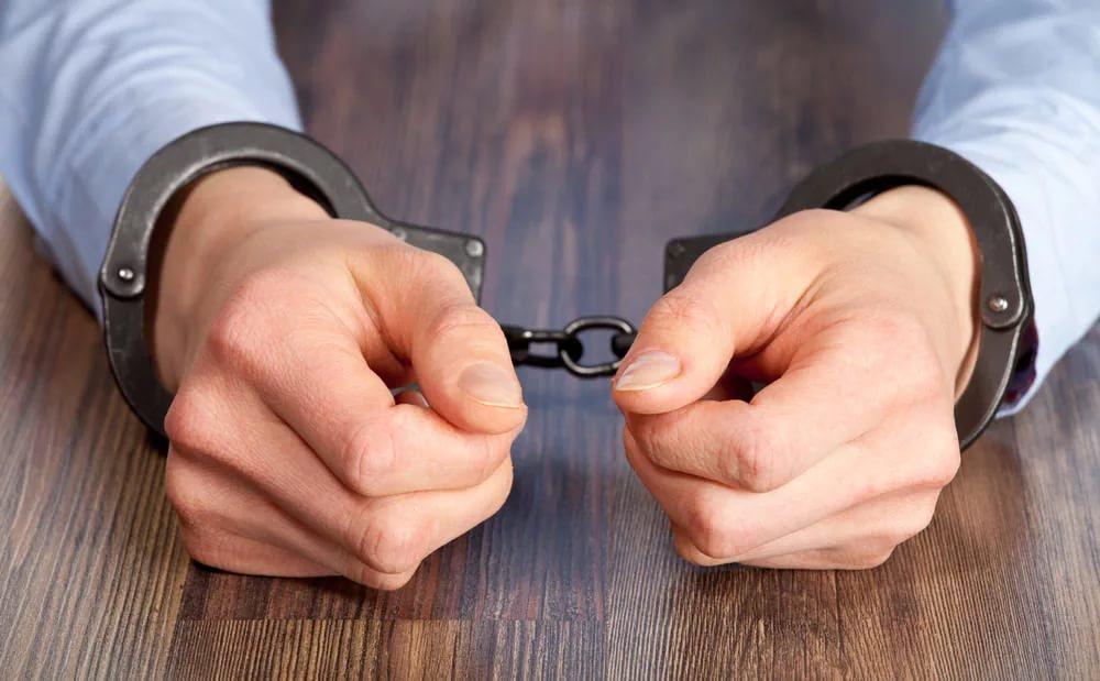 В столице обиженный ухажер зарезал официантку прямо вкафе
