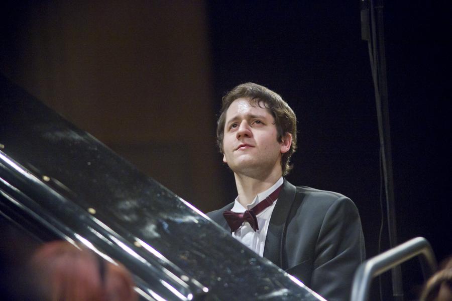 Житель россии победил намеждународном конкурсе пианистов вСША