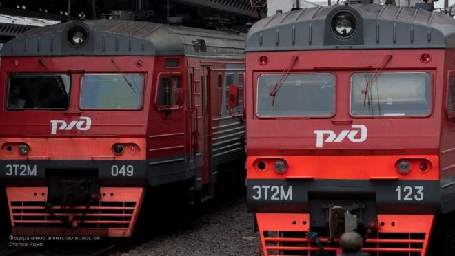 Поезд переехал перебегавшего пути мужчину в столице России