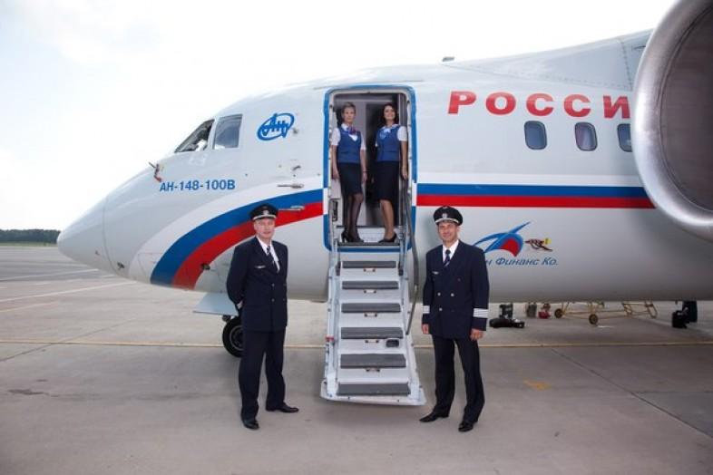 Буйный «младенец» заставил экипаж рейса Хабаровск— Москва связать его исдать правоохранителям