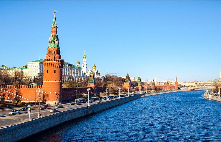 Ремонт завершился: в столицеРФ открыли обновленную Кремлевскую набережную