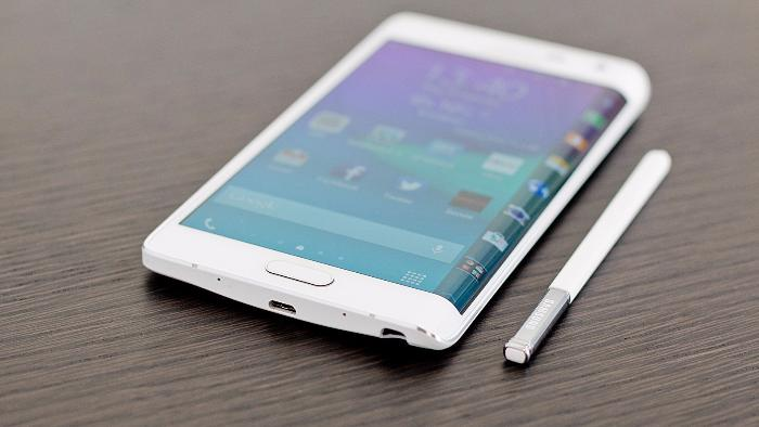 У смартфона Galaxy Note 7 будет изогнутый дисплей
