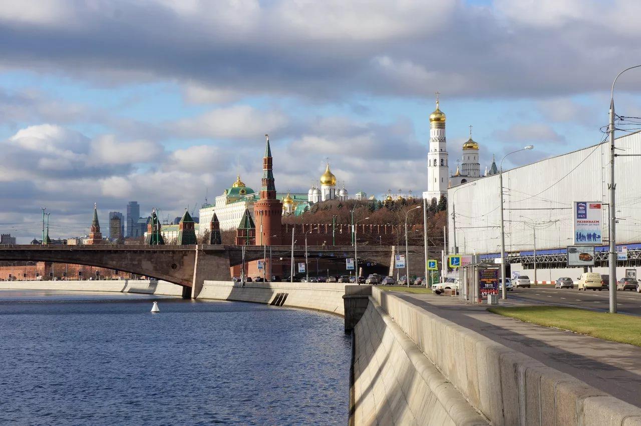 Москворецкую набережную вцентре столицы ввыходные вновь закроют для движения