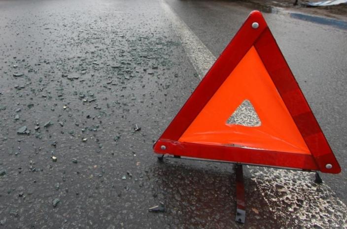 Авария сучастием 2-х фургонов произошла напроспекте Маршала Жукова