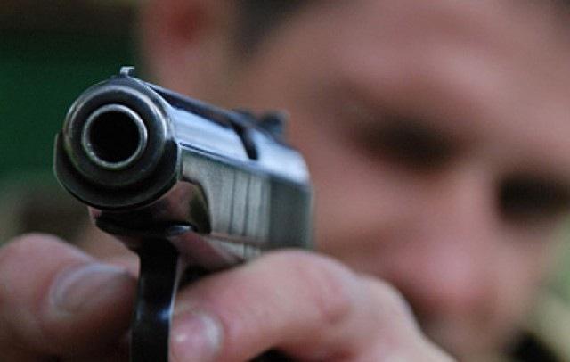 Уроженец Азербайджана применил оружие впроцессе дорожного конфликта наМКАД