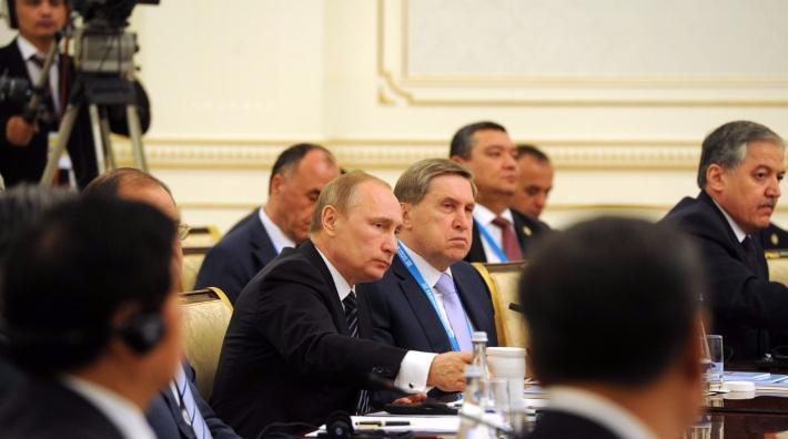Владимир Путин подписал закон, запрещающий коллекторам физиологическое ипсихологическое влияние надолжников