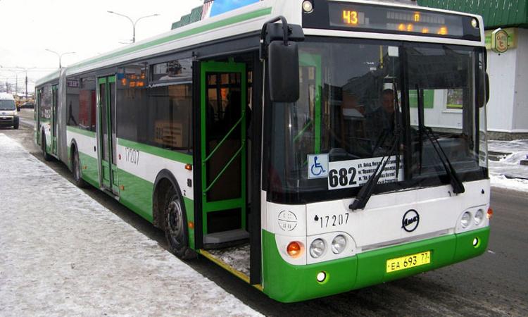 Проезд в столичных частных маршрутных автобусах можно будет оплатить телефоном