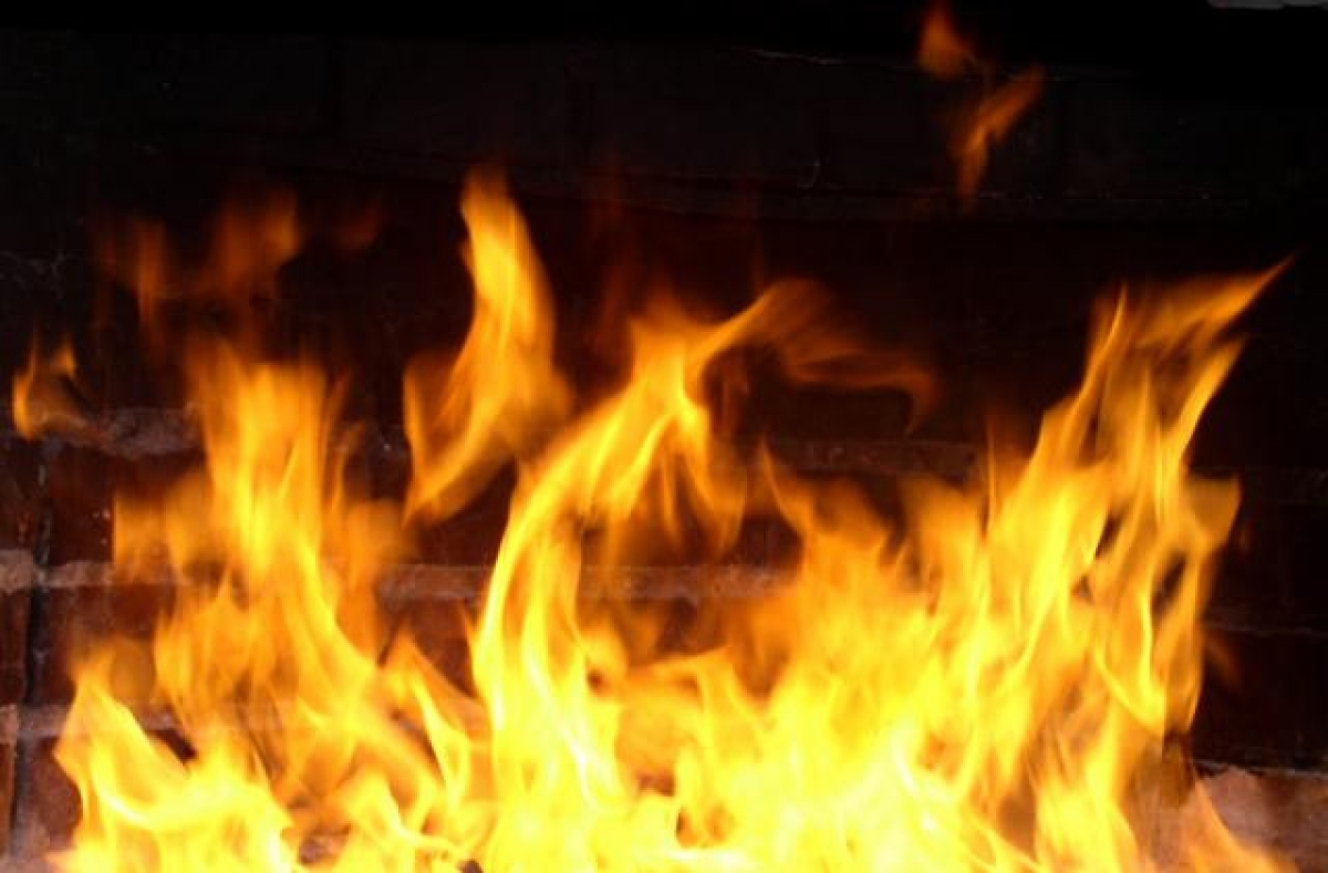 Пожар вспыхнул наскладе поулице Шоссейная