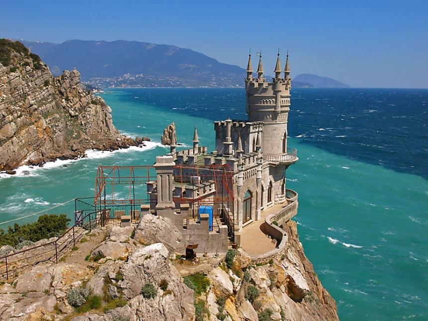 Итальянские народные избранники приняли решение осенью посетить Крым