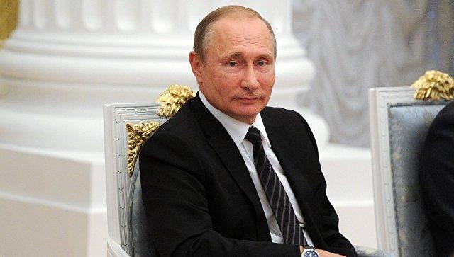Азаров счел заоскорбление цитаты изЛермонтова вустах Порошенко
