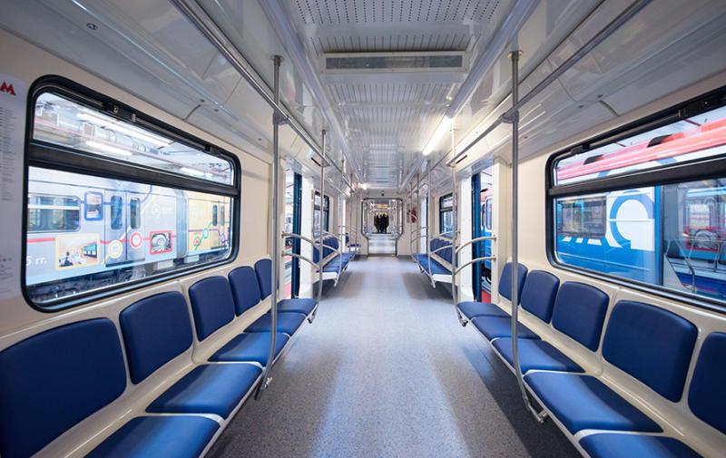 ВДень города наВДНХ москвичам покажут поезд метро обновленного поколения «Москва»