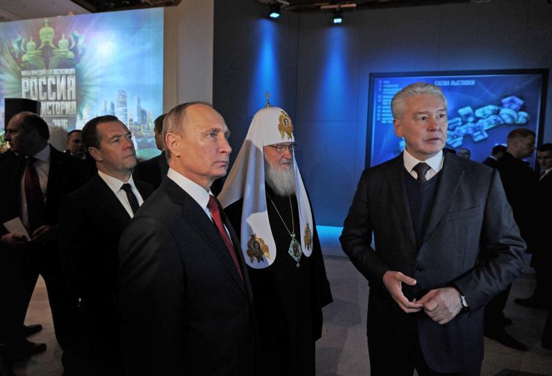 Путин посетил историческую выставку вМанеже