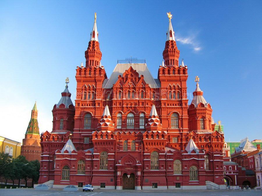 Бесплатно посетить экскурсии в национальном историческом музее смогут москвичи 4ноября