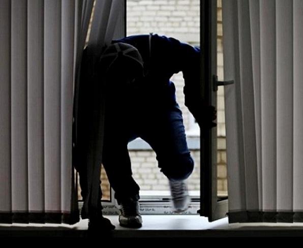 Вор-«альпинист» помог сообщникам ограбить московскую квартиру на10 млн