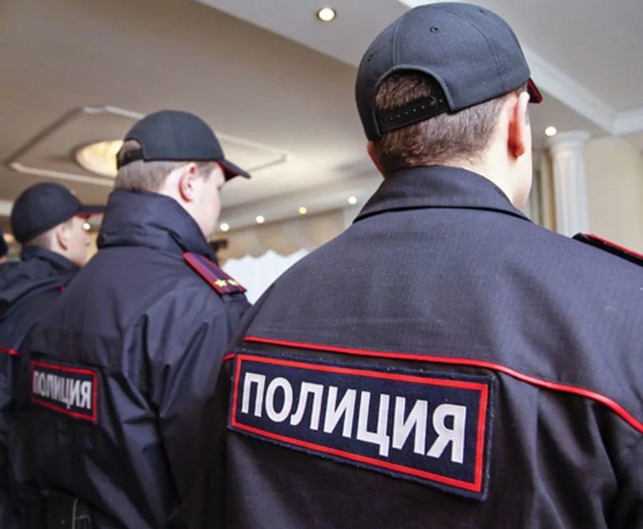 Наюге столицы трое вмасках ограбили ювелирный салон