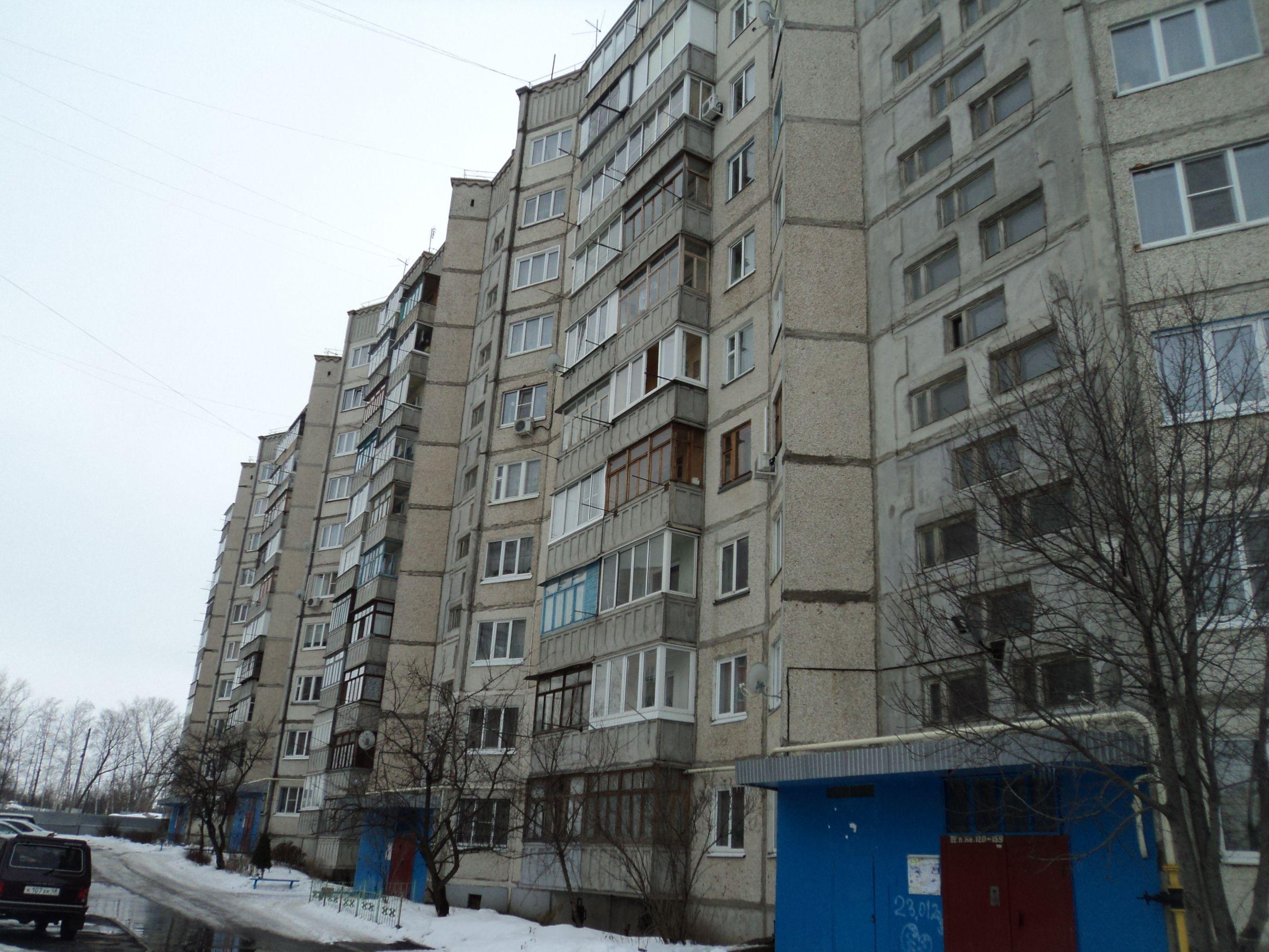 Сотрудница московской милиции выжила при падении с7 этажа