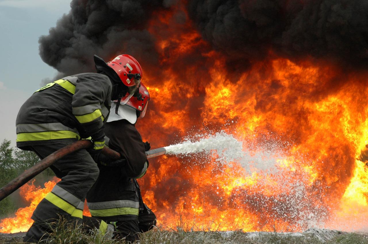 Пожар натерритории завода в новейшей столицеРФ потушен