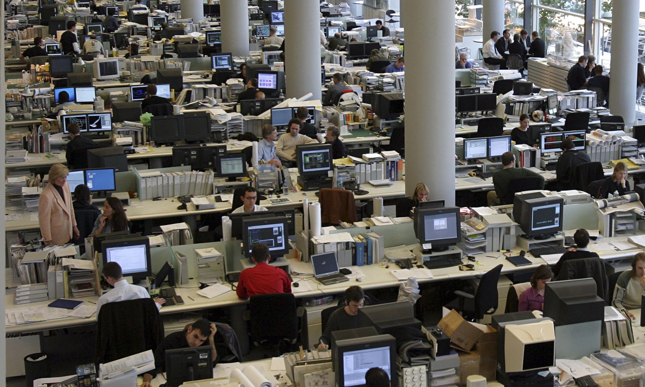 Компании смогут уплачивать менее подоходного налога с служащих