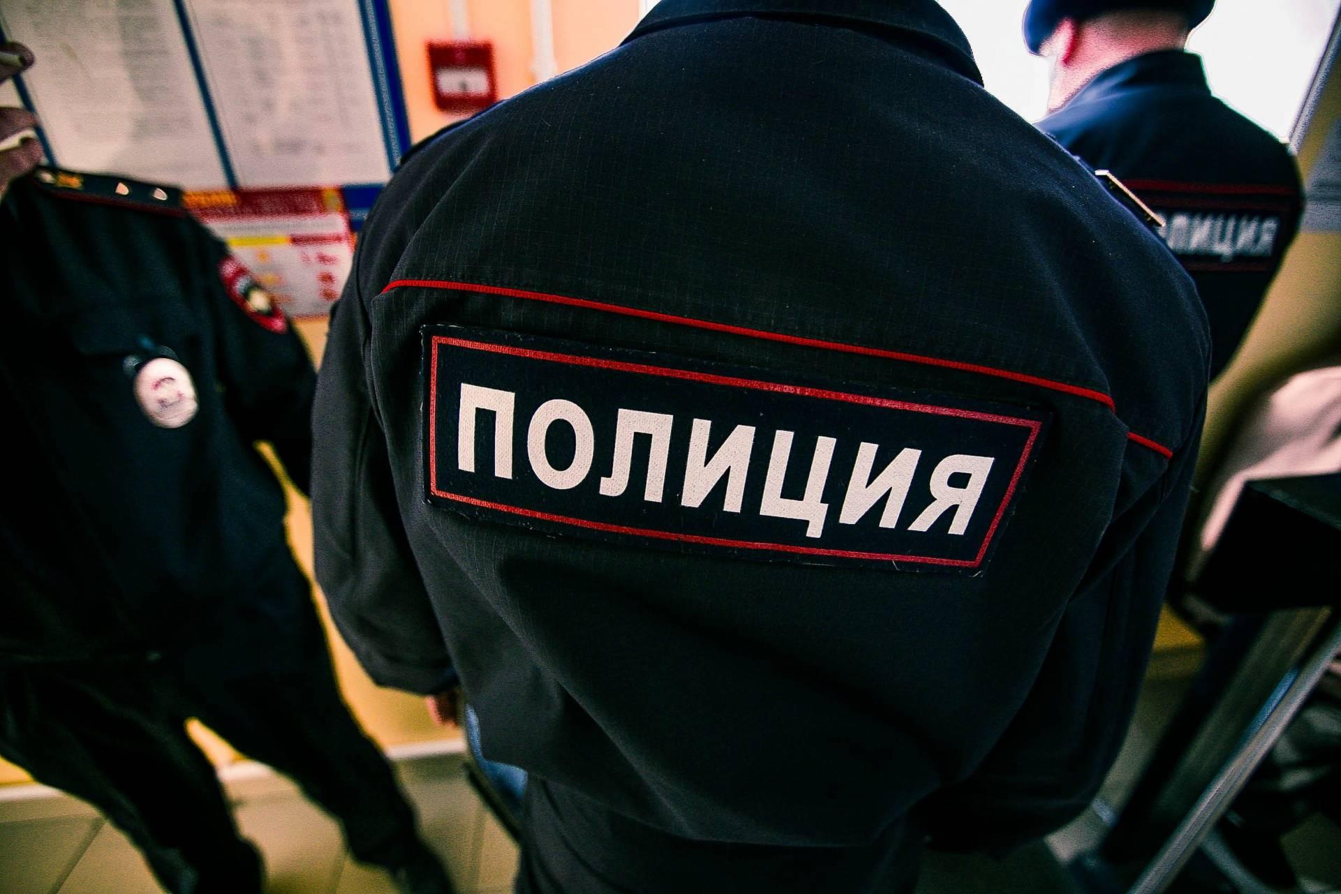 Присыпанный землей человеческий труп отыскали напустыре в«новой Москве»