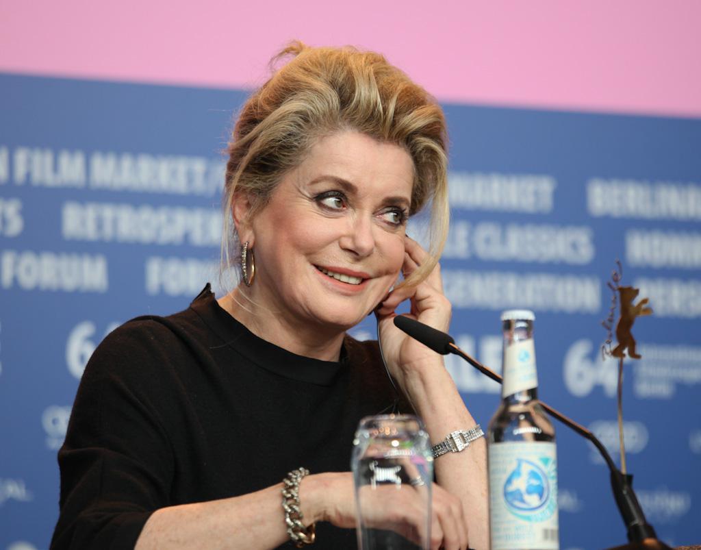 Легенда французского кино Катрин Денев встретится смосковской публикой на«Живом интервью»