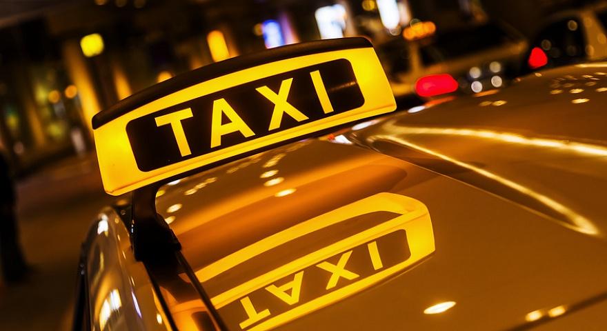 В новейшей столице таксист всадил впассажира нож