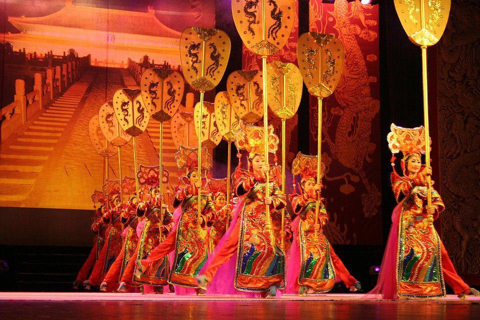 Концерт артистов изпровинции Сянси состоится в цивилизованном центре наулице Правды