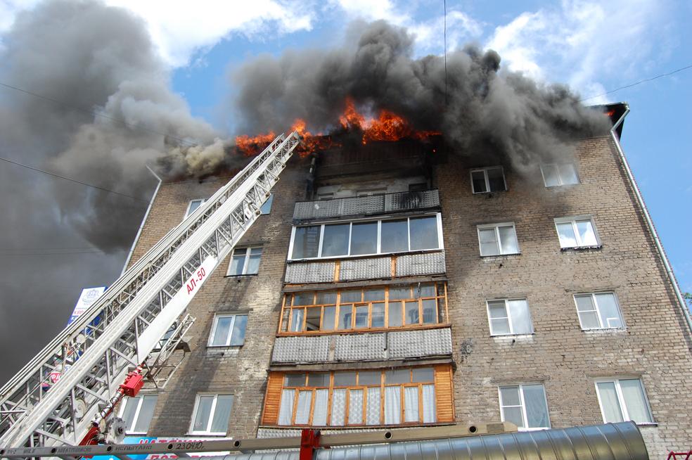 Пожар жилом доме фото