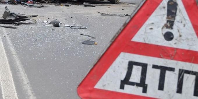 Массовое ДТП в столице России с 2-мя мотоциклами иавто, пострадали два человека