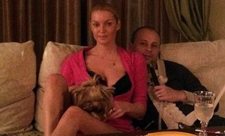 Ухажера Анастасии Волочковой задержали в столицеРФ замошенничество