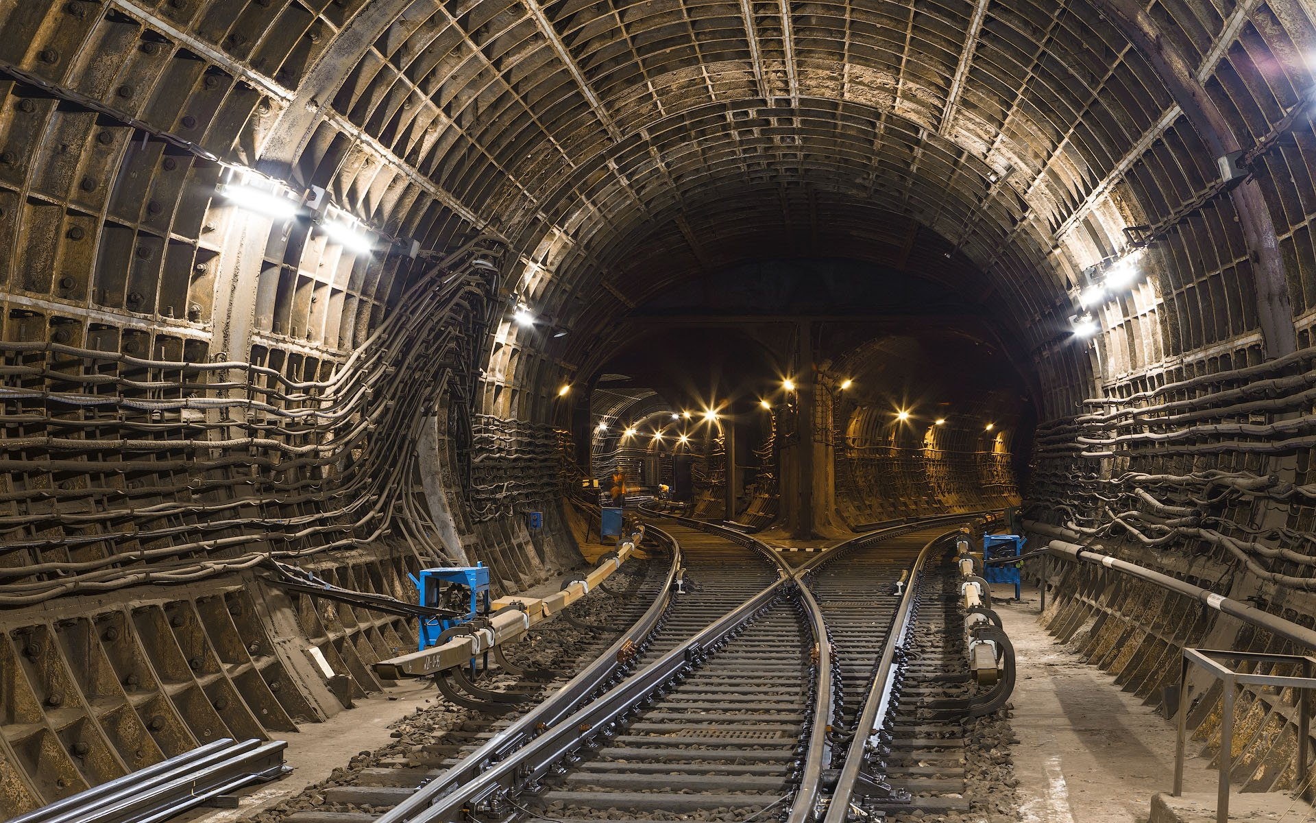 «Ингеоком» предлагает лучшую цену настроительство новых участков метро в столице России