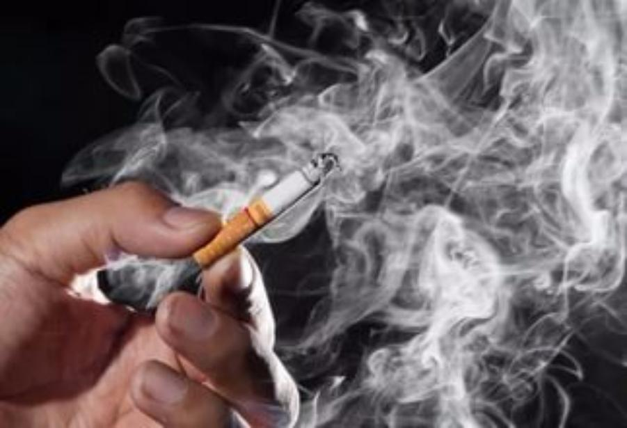 Ученые: Одна из 10-ти смертей вмире связана скурением