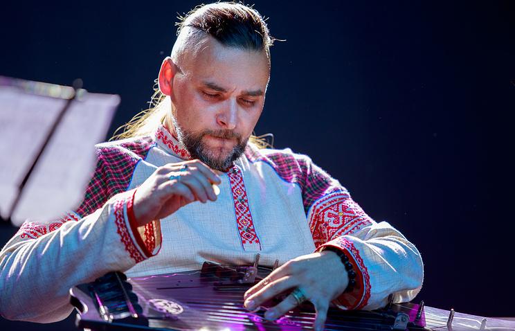 Георгий Полтавченко приветствовал участников первого фестиваля «Музыки мира»