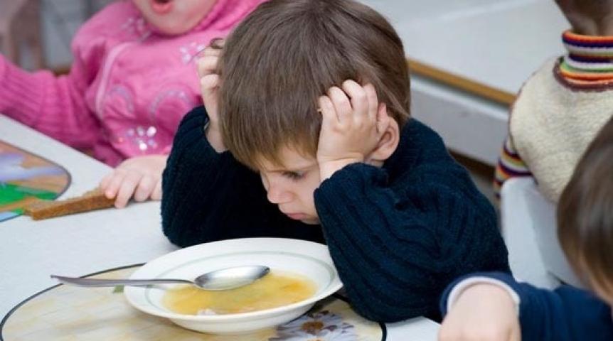 Воспитатель московского детдома избил сироту за стремление поесть