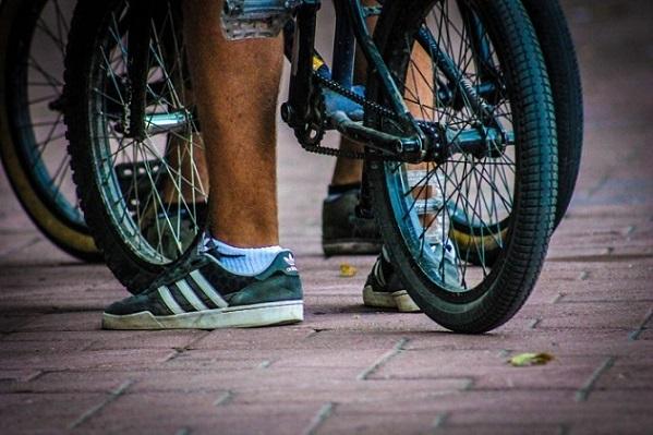 В российской столице член Союза писателей выстрелил вназвавшего его «быдлом» велосипедиста