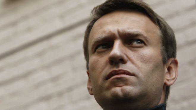 Навальный хочет устроить антимедведевское шествие поТверской