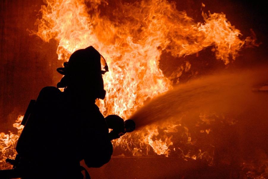 5 человек спасли изпожара вмногоэтажке наюго-западе столицы