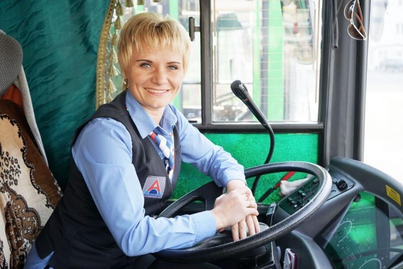Кработе водителей маршрутных такси встолице будут привлекать женщин