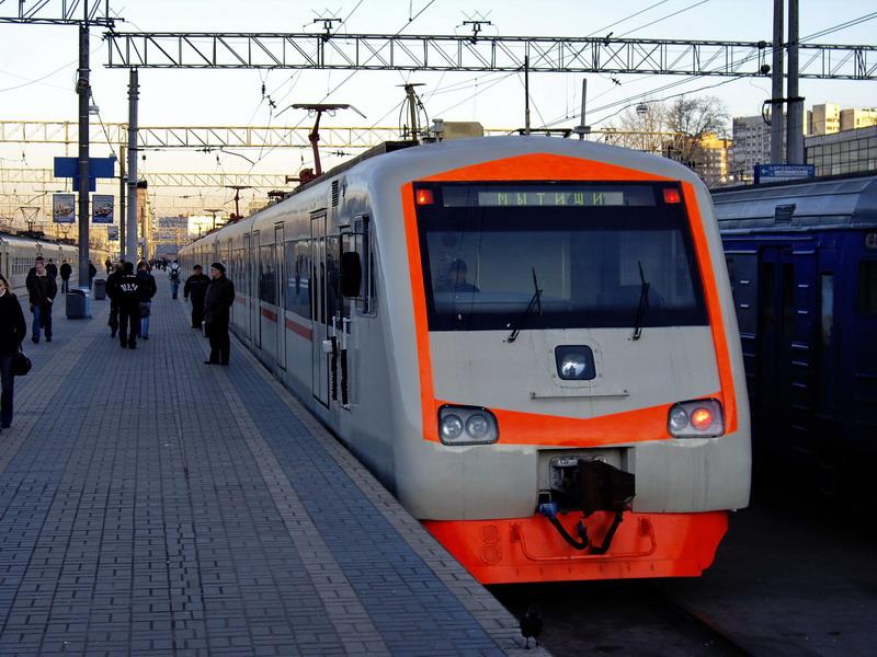 Насеверо-востоке столицы электропоезд «Спутник» насмерть сбил мужчину